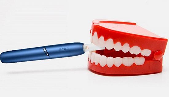 Что говорят стоматологи о влиянии айкос на зубы?