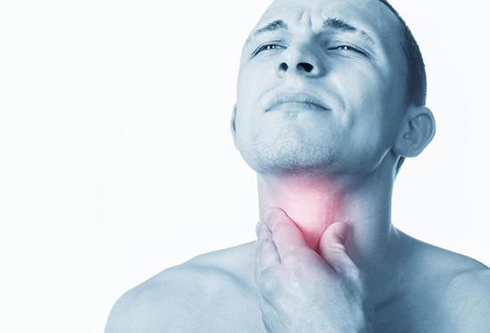 От Айкоса болит и першит горло: почему и что делать